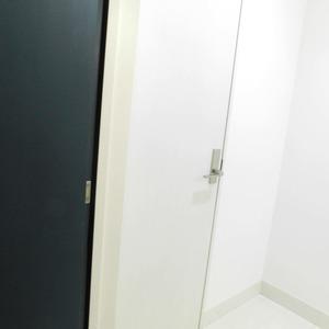 パークタワー池袋イーストプレイス(5階,4480万円)のお部屋の玄関