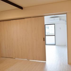 白金台パークサイドハイツ(5階,3780万円)の洋室