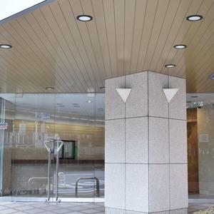 朝日マンション白金通りのマンションの入口・エントランス
