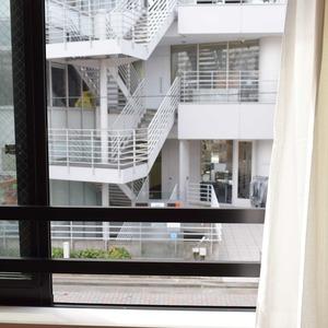 サンアリーナ広尾(3階,1億2600万円)の洋室
