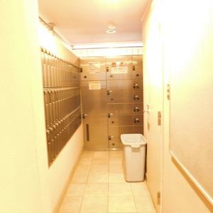 ステージファースト目白第2のマンションの入口・エントランス