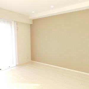 ヴィルヌーブ西早稲田(6階,6980万円)の洋室