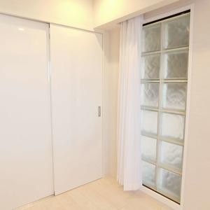 ヴィルヌーブ西早稲田(6階,6980万円)の洋室(3)
