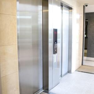 東京ビューマークスのエレベーターホール、エレベーター内