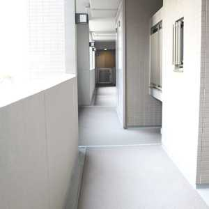 東京ビューマークス(2階,5480万円)のフロア廊下(エレベーター降りてからお部屋まで)
