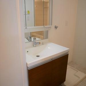 メイゾン上北沢(2階,3980万円)の化粧室・脱衣所・洗面室