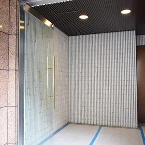 ヴェルデ青山のマンションの入口・エントランス