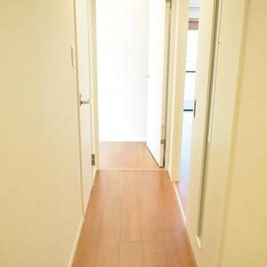 ヴェルデ青山(2階,)のお部屋の廊下