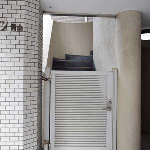 ファイン青山のマンションの入口・エントランス