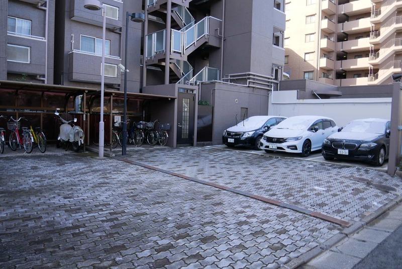 コスモ亀戸アネックスの駐車場1枚目