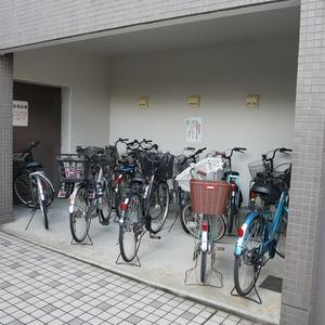 コスモ亀戸アネックスの駐輪場