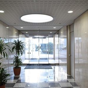 秀和溜池山王レジデンスのマンションの入口・エントランス