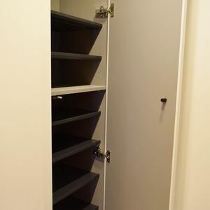 秀和溜池山王レジデンス(7階,)のお部屋の玄関