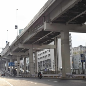 秀和溜池山王レジデンスの最寄りの駅周辺・街の様子