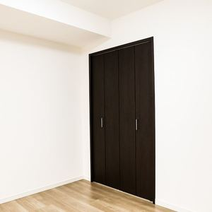 コンフォール四谷(2階,5280万円)の洋室