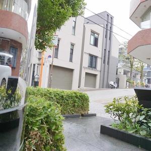 コンフォール四谷のマンションの入口・エントランス