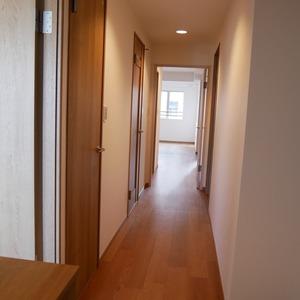 コスモ亀戸アネックス(6階,3799万円)のお部屋の廊下