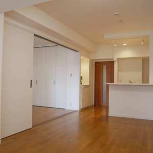 コスモ亀戸アネックス(5階,3780万円)の居間(リビング・ダイニング・キッチン)