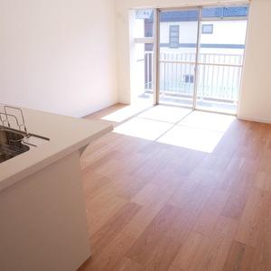 経堂セントラルマンション(2階,3590万円)の居間(リビング・ダイニング・キッチン)