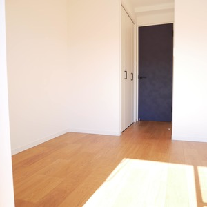 経堂セントラルマンション(2階,3590万円)の洋室