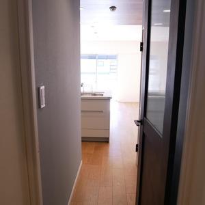 経堂セントラルマンション(2階,3980万円)の居間(リビング・ダイニング・キッチン)