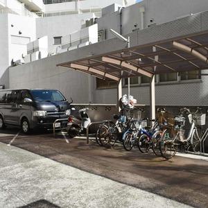 マンション京都白金台の駐輪場
