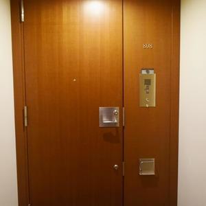 青山ザタワー(8階,)のお部屋の玄関