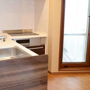 青山ザタワー(8階,)のキッチン