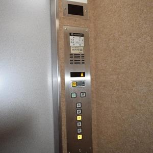 エクレール乃木坂のエレベーターホール、エレベーター内