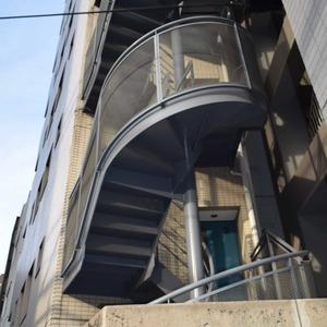 デュオスカーラ虎ノ門の外観