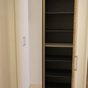 ライオンズマンション初台第3(2階,3099万円)のお部屋の玄関