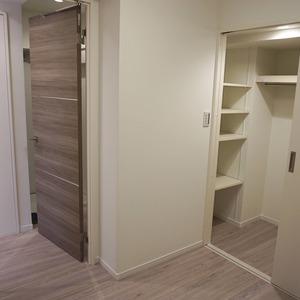 ライオンズマンション初台第3(2階,3099万円)の洋室