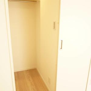 パールハイツ幡ヶ谷(3階,3099万円)の洋室(2)