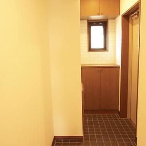 セザール元代々木(3階,6299万円)のお部屋の玄関