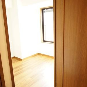セザール元代々木(3階,6299万円)の洋室