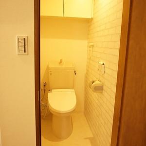 セザール元代々木(3階,6299万円)のトイレ