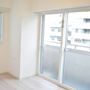 第2広尾フラワーハイホームA棟(8階,4699万円)の洋室