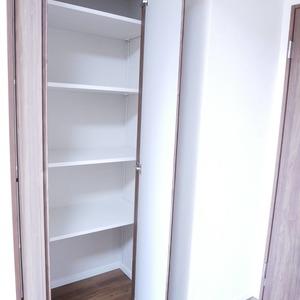 ファミールグラン高井戸デュープレックス(7階,6780万円)の居間(リビング・ダイニング・キッチン)