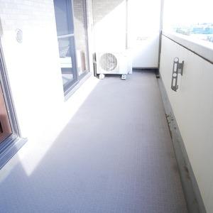 ファミールグラン高井戸デュープレックス(7階,6780万円)のバルコニー