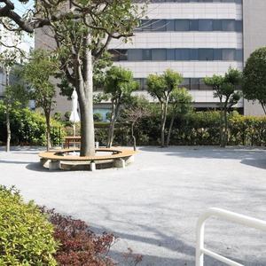 三田ナショナルコートの近くの公園・緑地