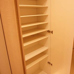 ダイアパレス幡ヶ谷第2(5階,3680万円)のお部屋の玄関