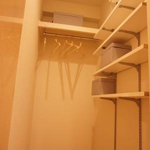 ダイアパレス幡ヶ谷第2(5階,3680万円)のウォークインクローゼット