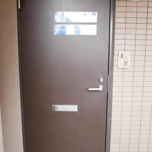クレアメゾン天神橋(3階,2980万円)のフロア廊下(エレベーター降りてからお部屋まで)