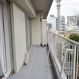 日商岩井恵比寿マンション(3階,6490万円)のバルコニー