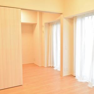 ザパークハウス代官山(2階,1億900万円)の居間(リビング・ダイニング・キッチン)