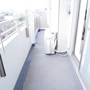 イデアル世田谷千歳台(7階,4390万円)のバルコニー