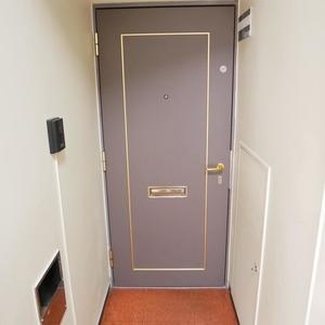 経堂スカイマンション(6階,)のフロア廊下(エレベーター降りてからお部屋まで)