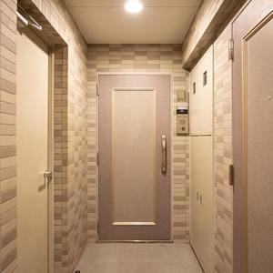 浅草橋アムフラット2(3階,4580万円)のフロア廊下(エレベーター降りてからお部屋まで)