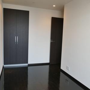 オリゾンマーレ(25階,)の洋室(3)