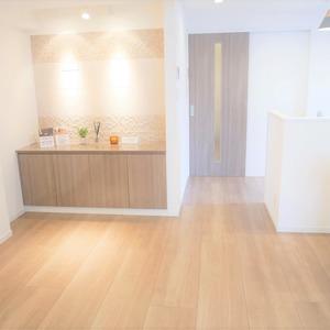 四谷軒第5経堂シティコーポ(4階,3499万円)の居間(リビング・ダイニング・キッチン)